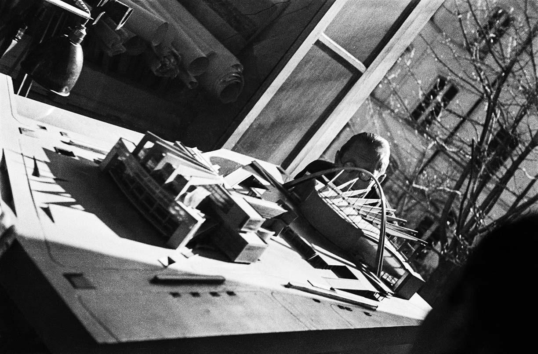 Le Corbusier por uan Guzman