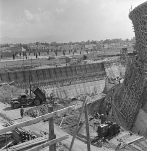 JUAN GUZMÁN, Construcción de la Plaza de Toros de la Ciudad de los Deportes, Ciudad de México, México, 1945