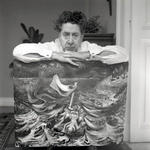 JUAN GUZMÁN, David Alfaro Siqueiros con su cuadro Naufragio antes de irse emigrado a Sudamérica, México, 1955